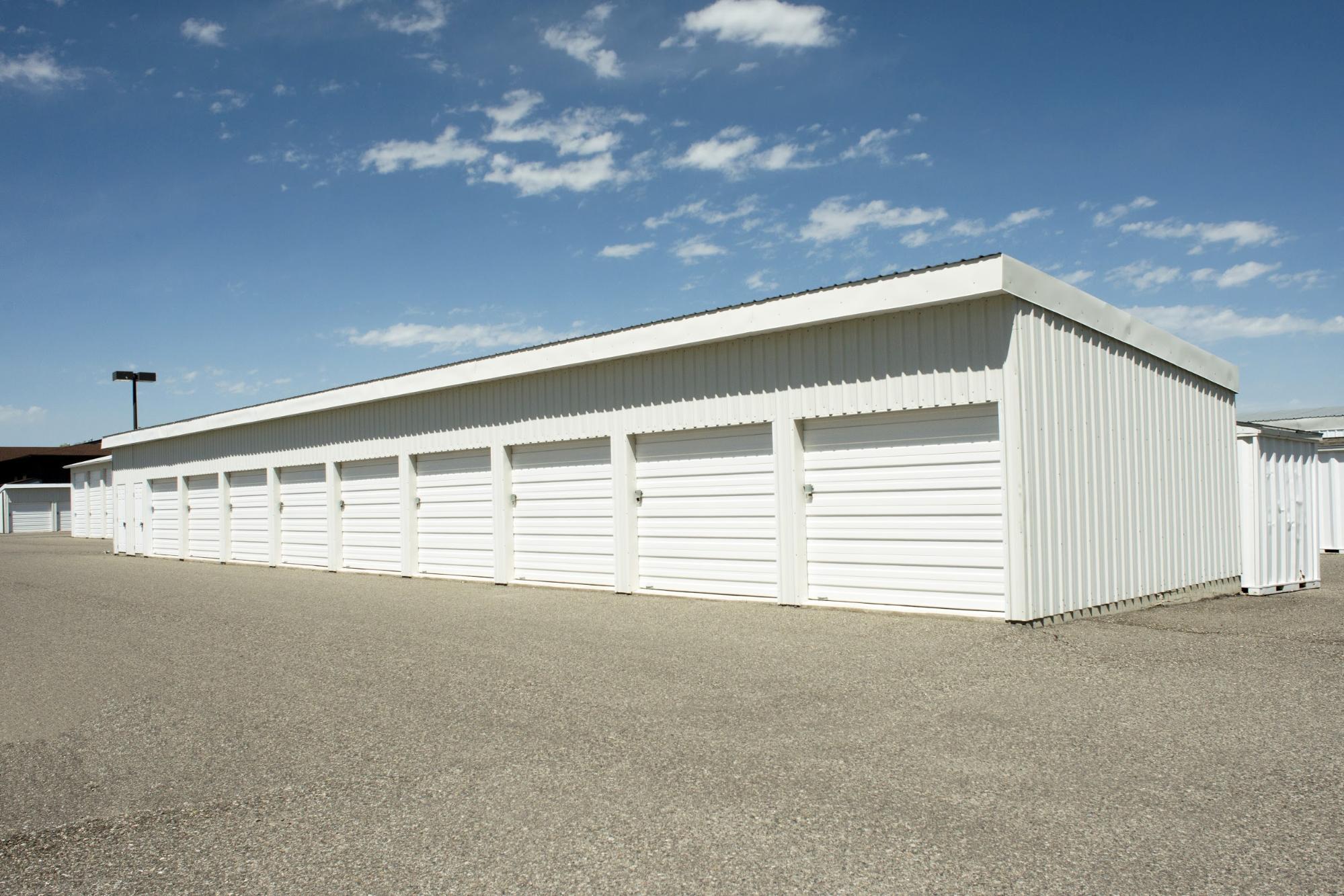 White Self Storage Units | World Insurance