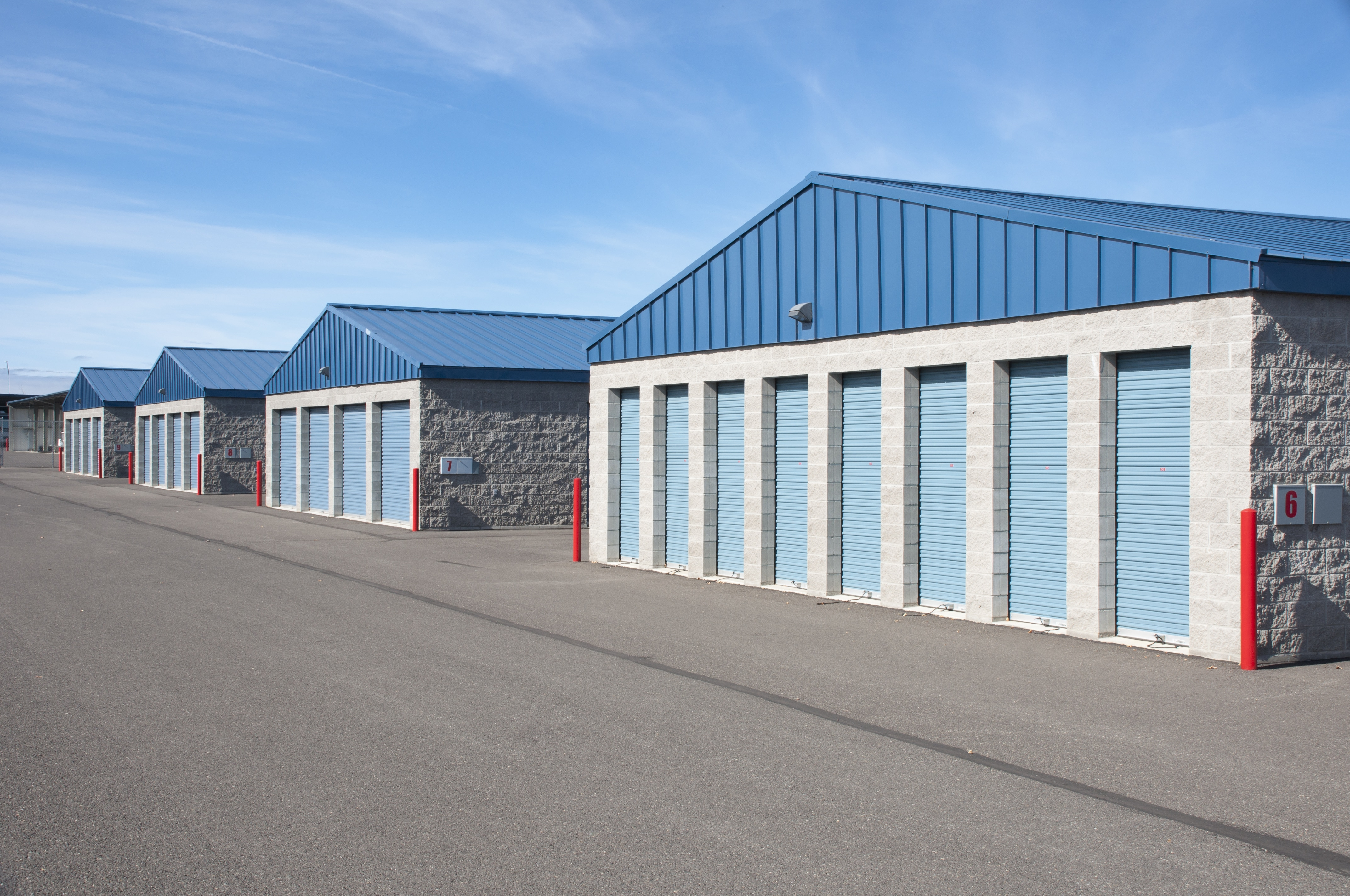 self storage facility with multiple ground level units